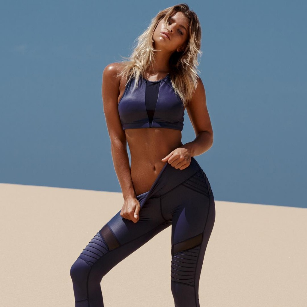 Coming soonAttention Please Legging and Mesh crop in Navy Whathellip