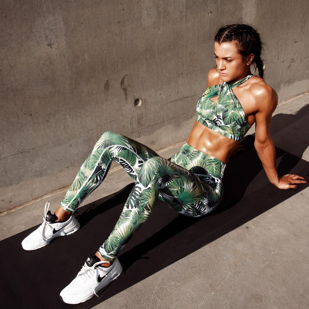Going Green oliviaorchowski in our Lovely Lush Legging and Crophellip